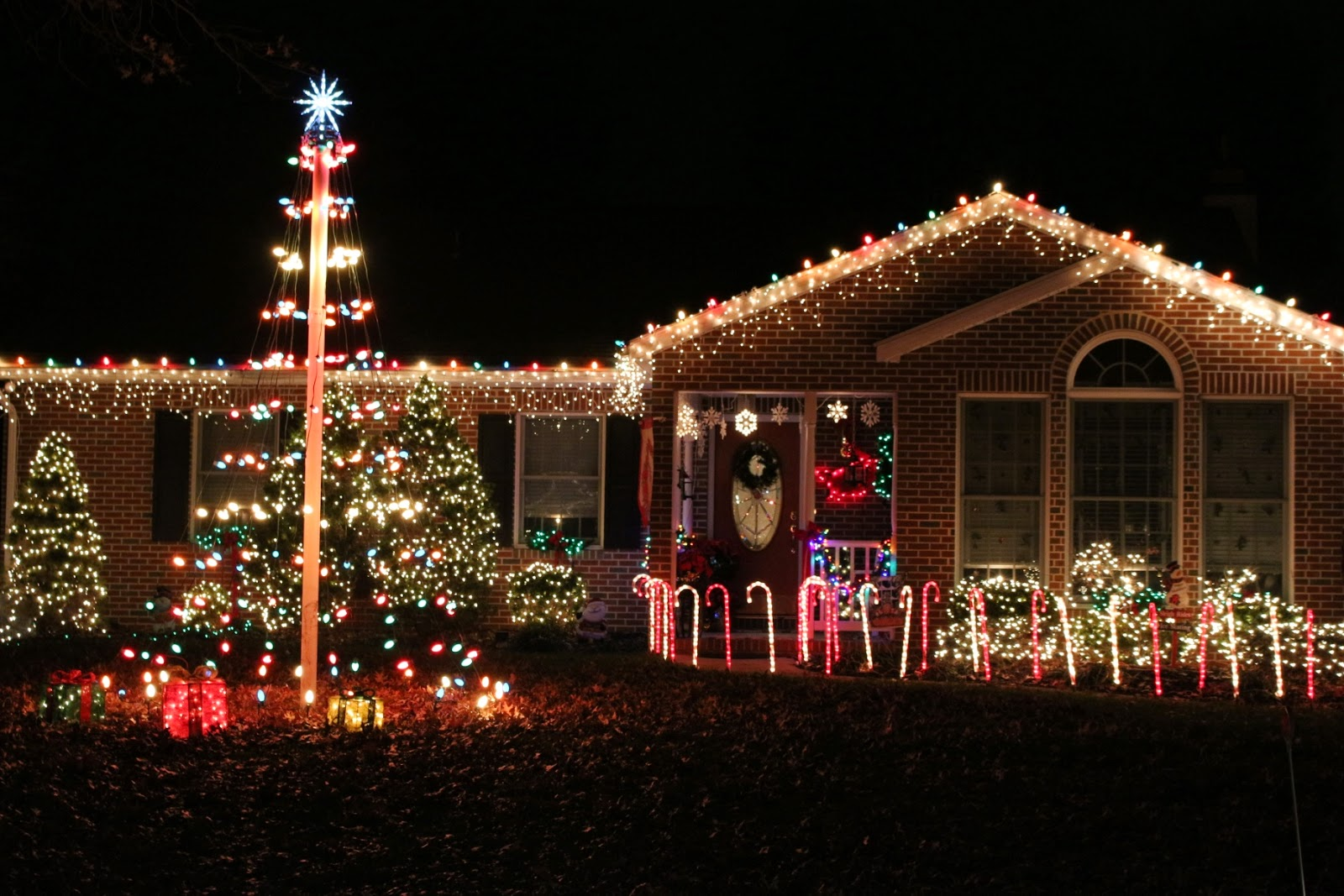 House decorated with Outdoor Christmas lights
