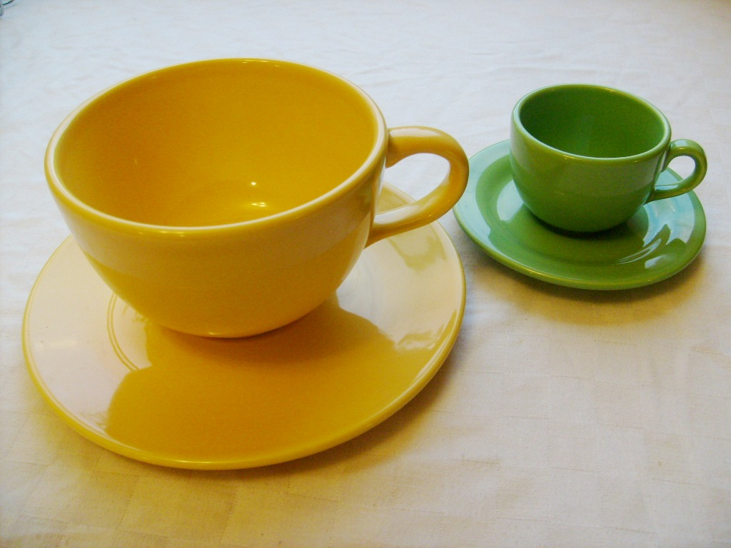 Small Pix Of Large Cups To : Green broke living in kits gift idea mad tea party