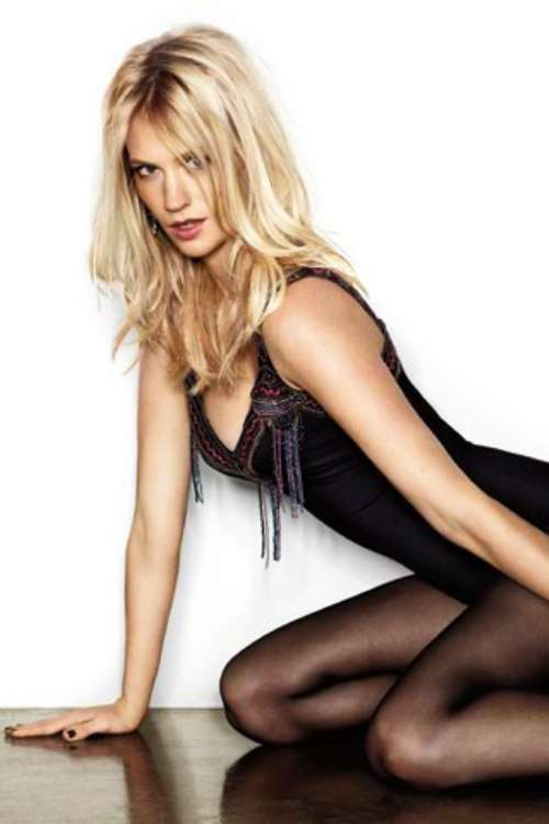 New Nices Wallpapers: January Jones Cleavage Andrew Garfield Movies