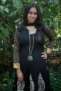 actress sravani hot photo in a black salwar