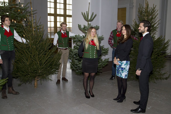 Prince Carl Philip of Sweden and Princess Sofia Hellqvist of Sweden accepted Christmas trees from forestry programme students from the Swedish University of Agricultural Sciences (SLU)