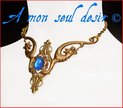 Collier médiéval renaissance dragon doré gold dragons medieval Daenerys Targaryen necklace Dragonite