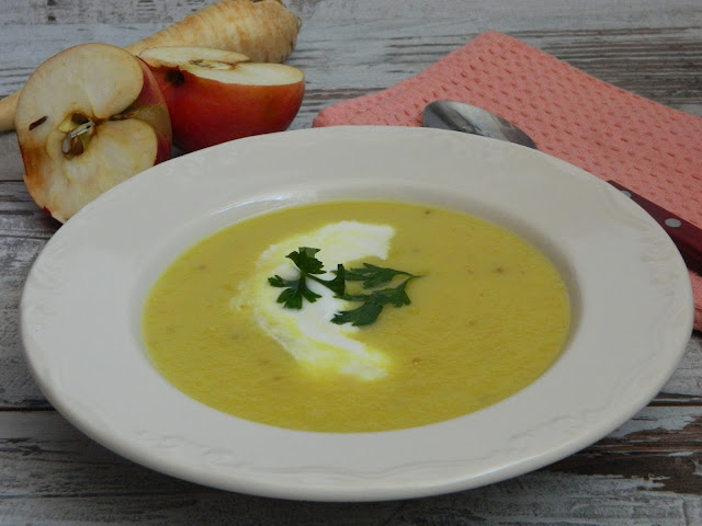 Supa crema de pastarnac cu mere