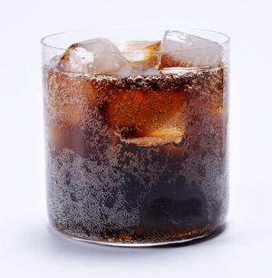 Bahaya Keranjingan Minuman Bersoda Untuk Kesehatan