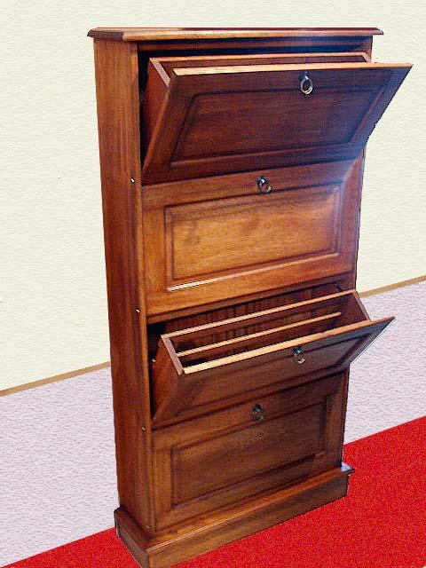 Cl sico y c modo un armario que ocupa poquito espacio en for Mueble zapatero antiguo
