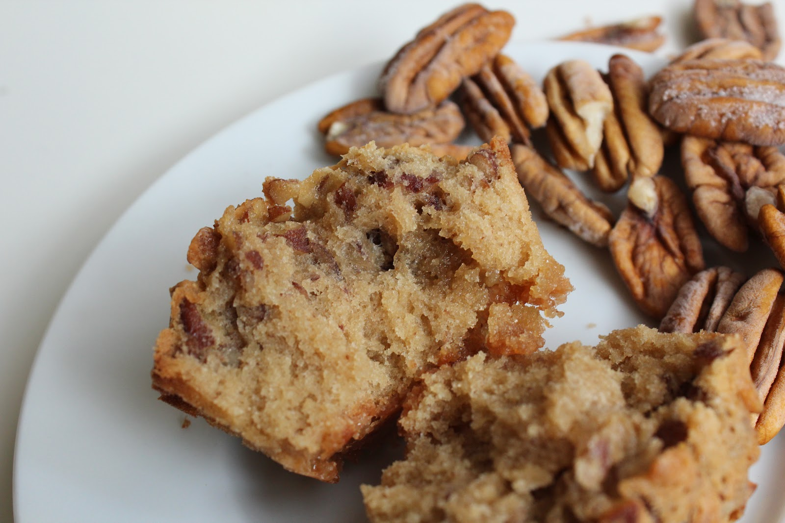 Nuts about food: Pecan Pie muffins - please read!