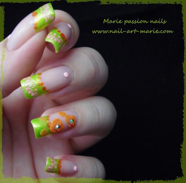 Nail Art French fleurie6