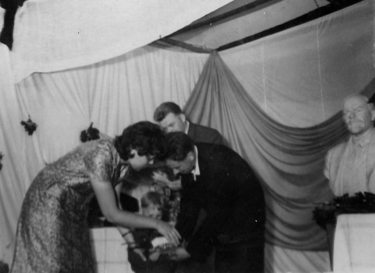 Bērnības svētki Valles kultūras namā 1960-tie gadi