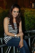 Aksha latest glamorous photos-thumbnail-19