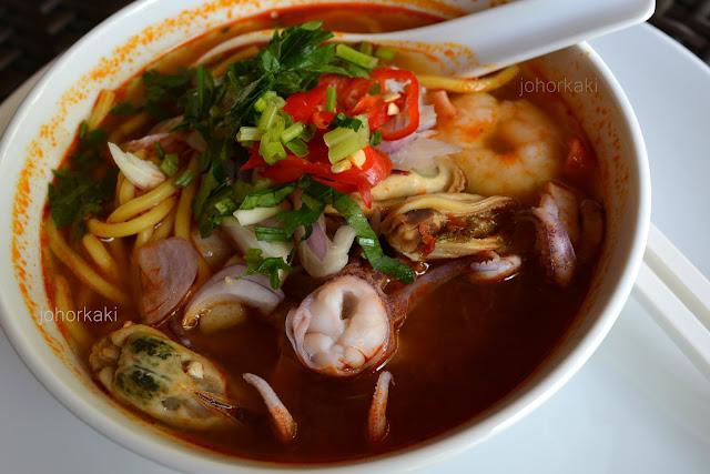 Tom-Yam-Noodle-Soup-Johor-Bahru