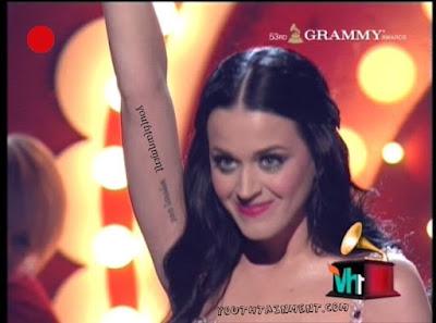 katy+perry+at+grammy+awards+2011+-katy_perry_photos_grammy_awards_2011-grammy-awards-2011-photos