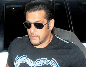 Salman Khan hit-and-run case has again came into action.