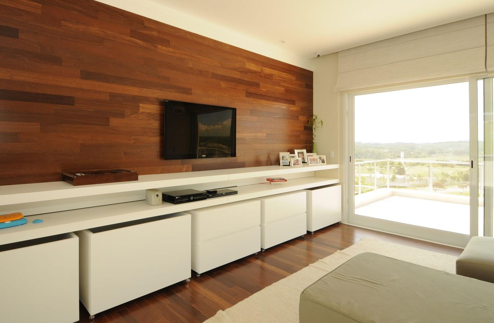Os painéis de madeira ou mdf trazem a sensação de aconhego  #713C1F 1600x1046