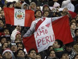 perú y sus fanaticas