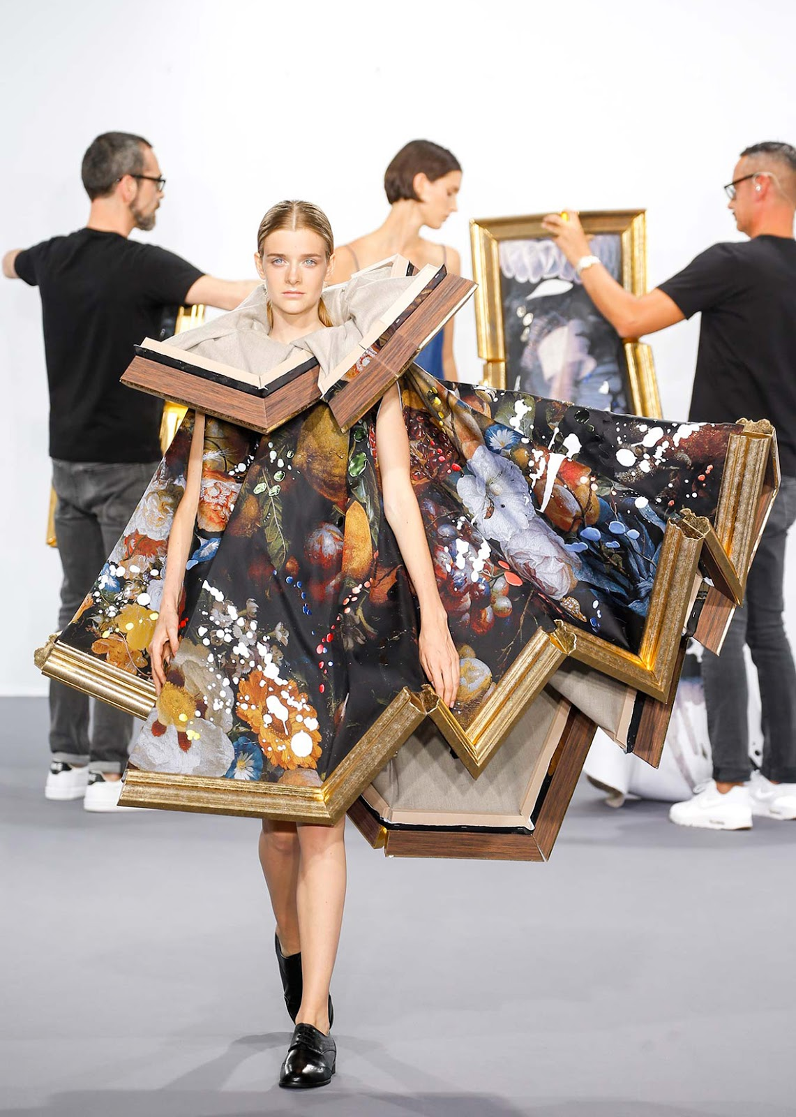 wearable object in fashion one more good one canvas dress viktor rolf 2015