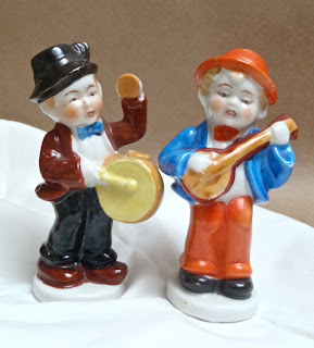 banjo figurines