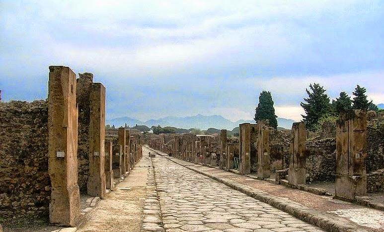 File: Scavi di Pompei.jpg