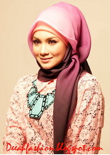 Tips Jilbab Untuk Wajah Kotak Persegi