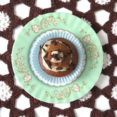 ByHaafner, vegan cupcake, vegan, vintage styling, pastel, thrifted doily, crochet