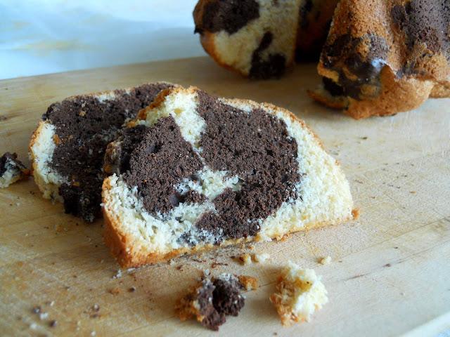 Torta bicolore al cacao