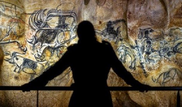 Replica of prehistoric Chauvet cave opens