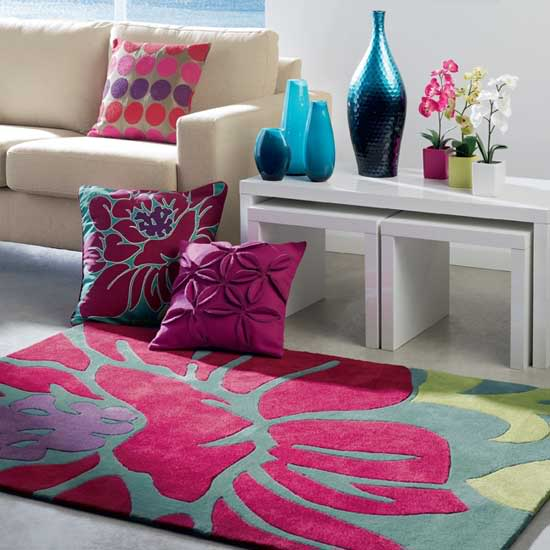 http://1.bp.blogspot.com/-ldQ9RK-gTrc/UDewOnbijZI/AAAAAAAAETg/Pd-bjFu6Vrs/s1600/Enhance+Your+Interior+Design+With+Rugs%252C+Carpeting+and+Flooring+vibrant_floral_rug.jpg