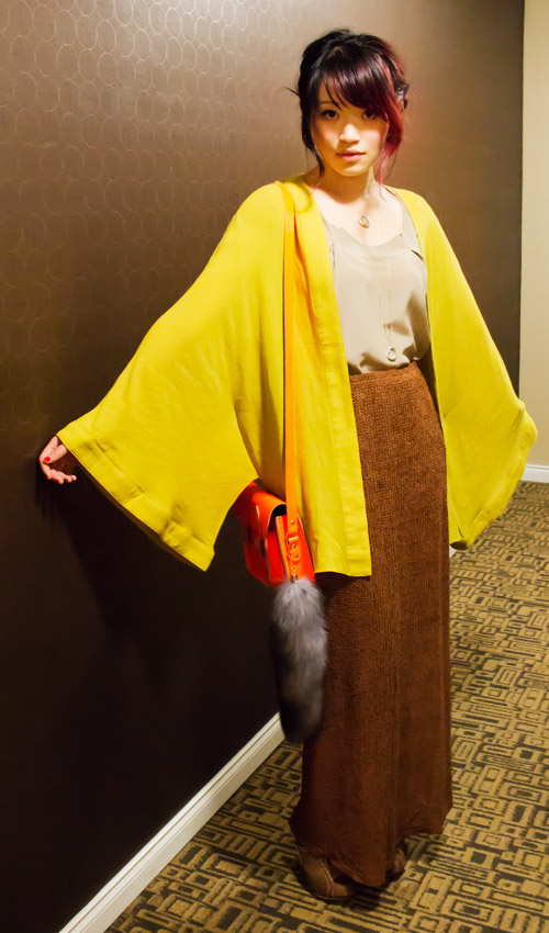 One teaspoon Mustard kimono from J2J2, tiffany and co elsa peritti hearts, wilfred silk top, brown woven maxi skirt cambridge satchle co fluoro, faux fox tail, Spring outfit
