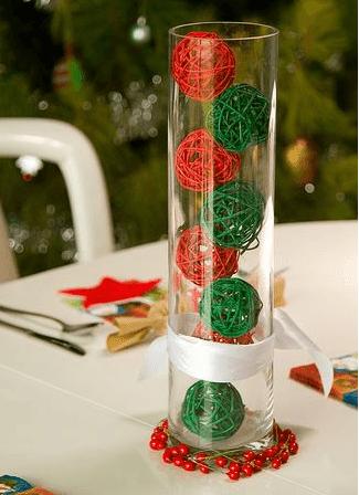 adornos navideo con botellas de plstico una forma de reciclar las botellas de plstico es en adornos y accesorios navideos para decorar la