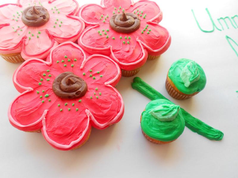 pull apart cupcake cake price