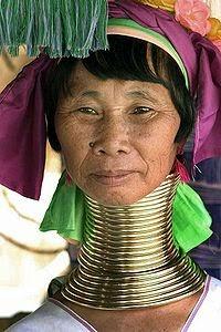 Wanita Suku Kayan