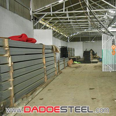Pabrik, Rangka, Baja, Ringan