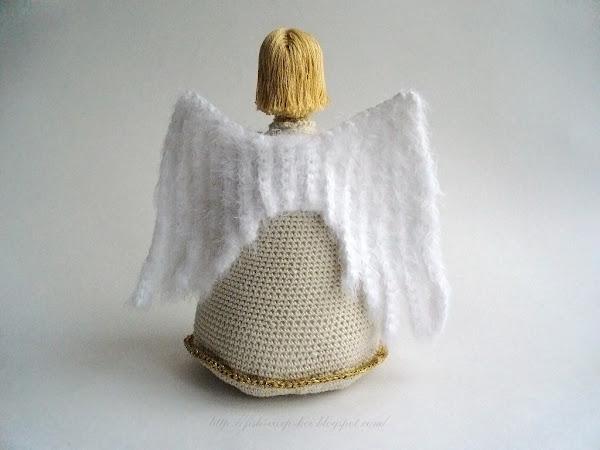 Ангел ручной работы, связанный крючком. Авторская работа