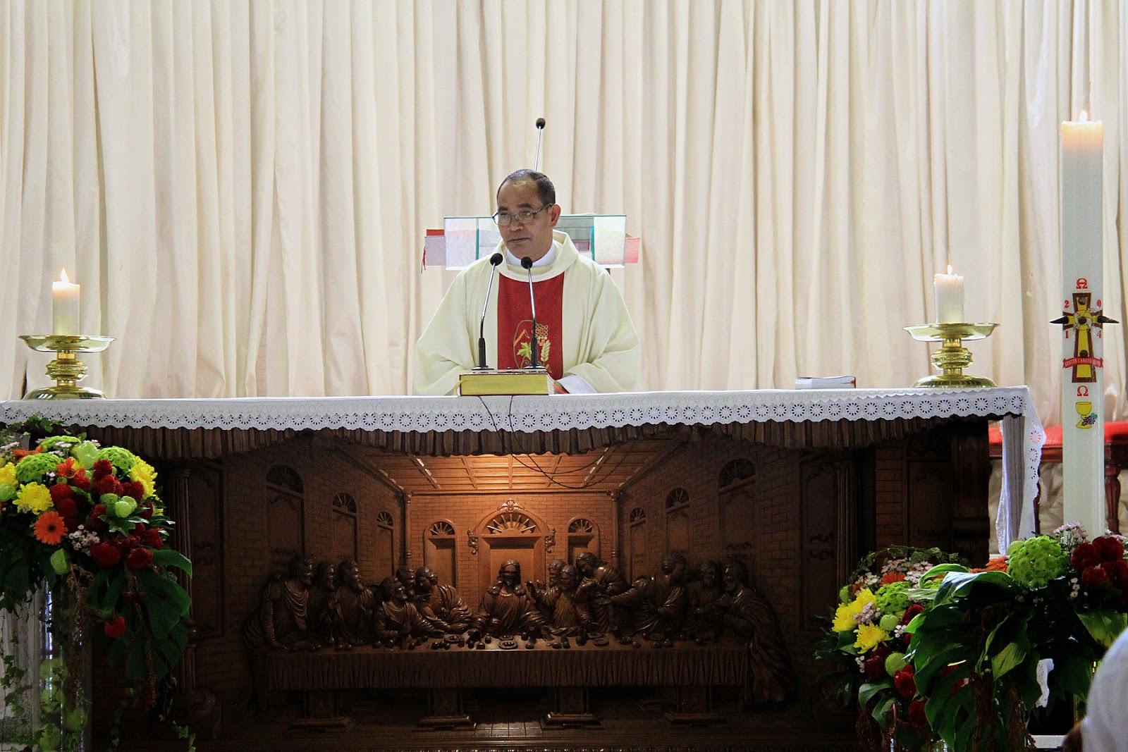 BAPTIS BALITA - 4 MEI 2014