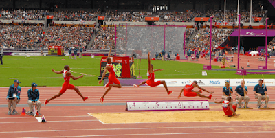 http://www.tutorialolahraga.com/2015/11/pengertian-olahraga-lompat-jauh.html