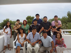 Miembros de la Casa de Perú