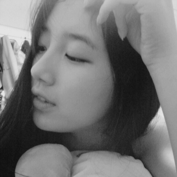 Sleeping Beauty Bae Suzy Miss A Photo