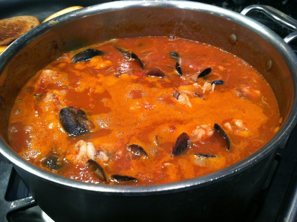 Cook, Create and unComplicate: Seafood Cioppino (Soup)