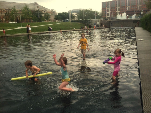 http://www.justdoitkidactivities.com/2014/05/the-navy-yard-park.html
