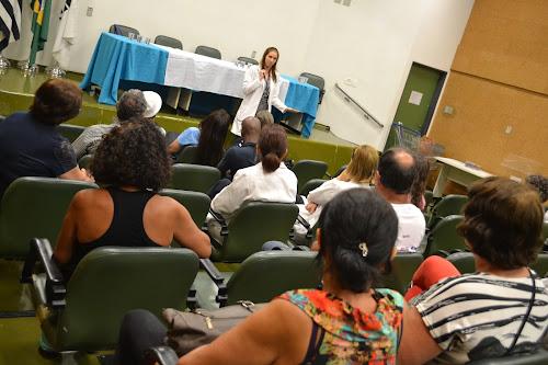 Neurologista da FCM conduz conversa sobre epilepsia