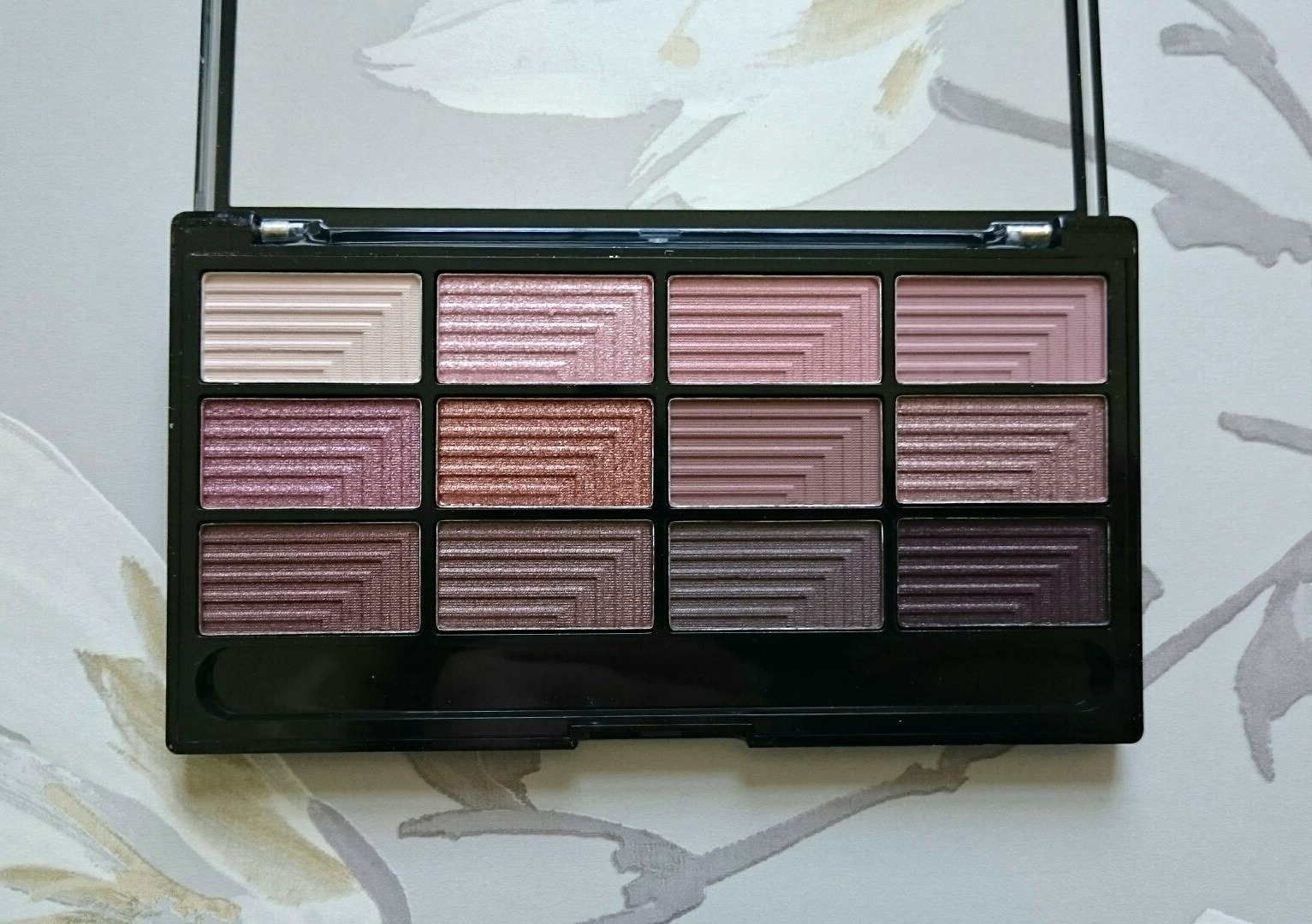 Freedom Makeup Audacious 3 palette