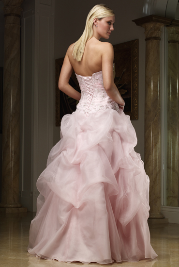 Kela Salvador The Pink Wedding Dress