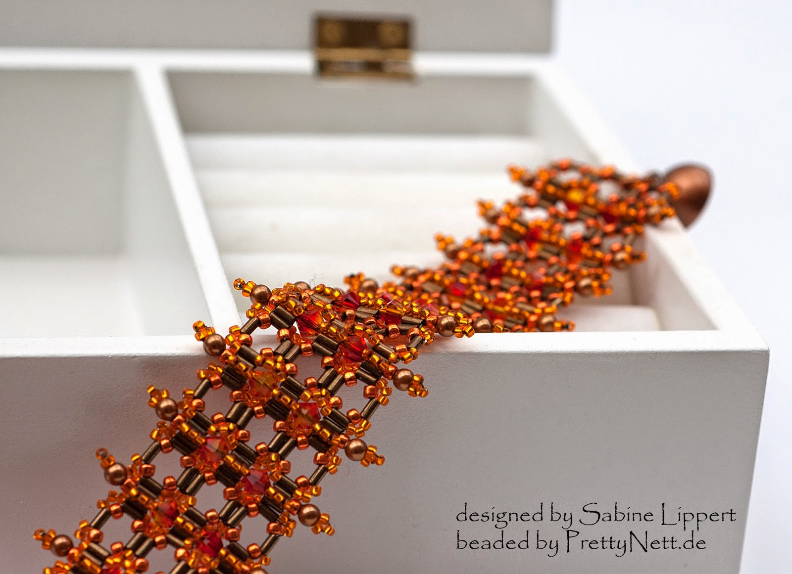 Bracelet Armbad Vertikal in orange beaded by PrettyNett.de