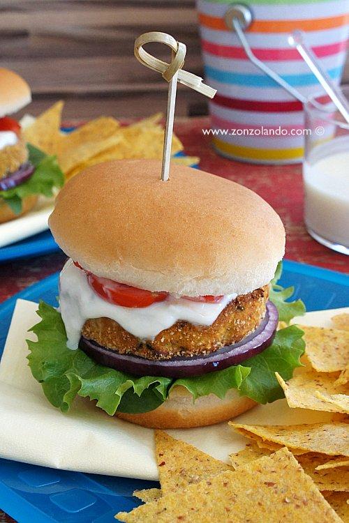 Burger di tonno fatto in casa ricetta panino gustoso per pranzo o cena veloce - Tuna burger homemade tasty recipe fast food