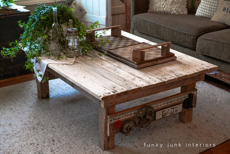 Wood Pallet Coffee Table ~ My new junk styled pallet wood coffee table funky