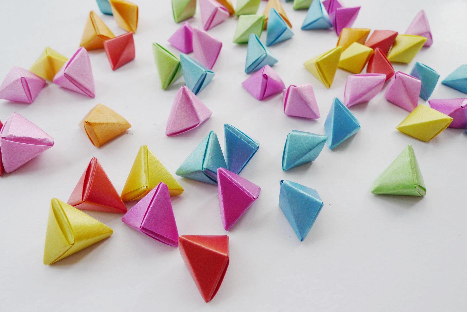 3d Origami Triangles Puzzle Image