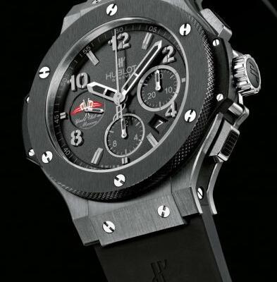 Edition limitée de 500 montres cas. Matériel  High tech. Diamètre  45 mm.  Dos  Sapphire Résistance à l eau  100 m mouvement d93e33f6cc2
