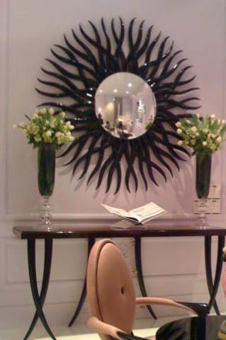 El blog de christopher guy un recibidor sencillo pero con - Como decorar un espejo sin marco ...