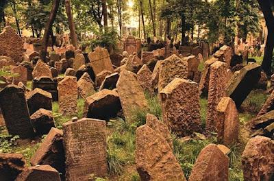 Lima Kuburan Paling Menyeramkan di Dunia