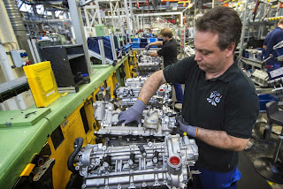 Mercedes benz berlin plant to become high tech location for Mercedes benz plant locations
