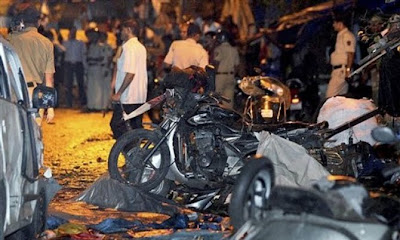 3 Mumbai bombings minutes apart kill 21, wound 141